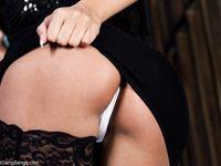 Роскошная французская красавица с большой грудью Anissa Kate