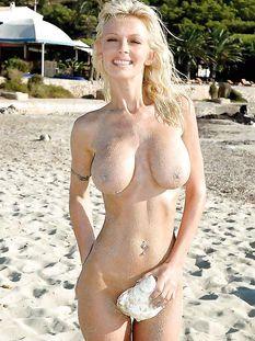 Голубоглазая немецкая блондинка с большой грудью Vivian Schmitt