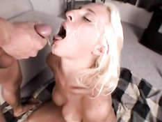 H2O2 blond slut Angelina 8