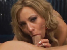 Hot girl takes it deep in her mouth