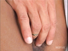outdoor babe gets fucked then facialed