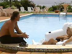 Sandy Style Gets Fucked In The Pool