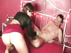 Hot Amateur Threesome
