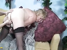 Jamie Blonde Gets A Arm In Her Big Vagina