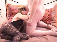 Секс видео минета женщины с завязанными глазами