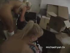Публичный секс с блондинкой в Швейцарии