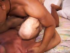 Изголодавшиеся по сексу латиноамериканские мальчики