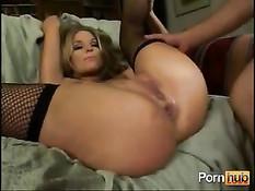 Бешеный анальный секс с красоткой в чёрных чулках Jackie Moore