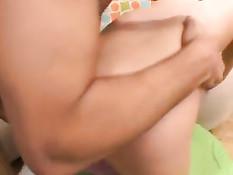 Девочка в розовых чулочках оттрахана на первом порно кастинге