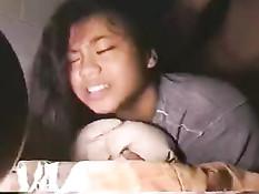 Анальный трах раком парня с азиатской девственницей Crystal Manalo