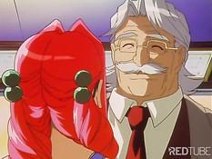 Пожилой мужчина раздел хентай малышку и приласкал большую грудь