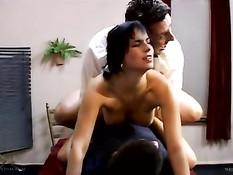 Renata Black сразу после бракосочетания занимается с мужем сексом