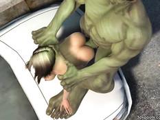 Халк отодрал пышногрудую девушку на капоте полицейской машины