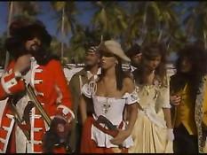 Робинзон Крузо занимается сексом с красавицами на острове грехов