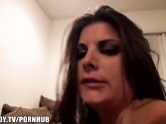 Домашняя вечеринка превращается в секс оргию с четырьмя дамами