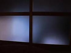 Японский мужчина разбудил и оттрахал грудастую женщину на полу