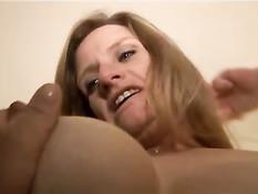 Опытные зрелые женщины всегда готовы на минет и анальный секс