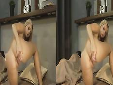 Блондинка трахает себя вибратором не дождавшись секса от мужа
