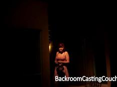 Рыжая девчонка на порно кастинге получает первый анальный опыт