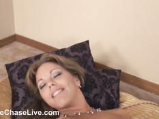 Лесбийское порно сисястых подруг Charlee Chase и Amber Lynn Bach