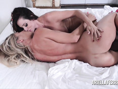 Лесбийский секс сиськастых женщин Puma Swede и Ariella Ferrera