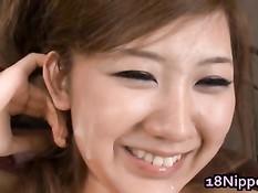 Азиатская девка отсасывает мужикам и получает вибратор в киску