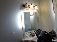 Парень фотографирует сисястую светловолосую подругу Brett Rossi