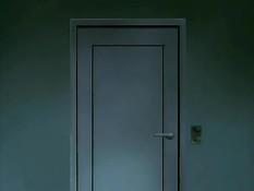 Зашёл в спальню к сисястой хентай женщине и оттрахал на кровати