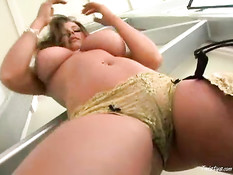 Erica Campbell 2
