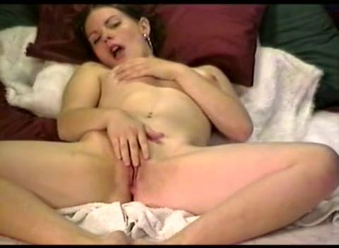 Подсматривание мастурбации реальный оргазм полной женщины новости смотреть дала