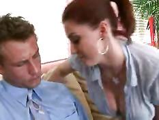 Вернулся домой и оттрахал на диване сиськастую жену Sara Stone