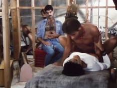 Ненасытная ретро порно актриса Vanessa Del Rio трахается с парнем