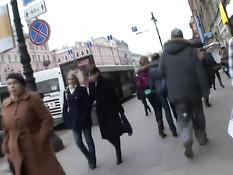 Блондиночка из Санкт-Петербурга на кастинге ебётся с иностранцем