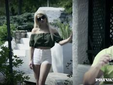Красивый секс мужика с сисястыми девками Stella Cox и Sienna Day