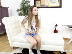 Симпатичная девушка Taissia Shanti оттрахана в киску после отсоса
