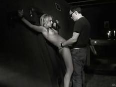 Привязал к потолку юную секс рабыню и отхлестал по голому телу