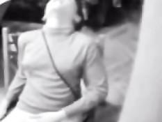 Скрытая камера сняла как девки мастурбируют в душе и на кровати