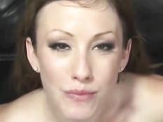Нарезка семяизвержений на сексуальную брюнетку Jennifer White