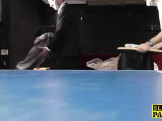 Привязал к столу молодую суку Samantha Bentley и отъебал в пизду
