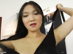 Узкоглазую россиянку в чёрном платье отымели в упругую задницу