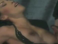 Подборка семяизвержений на сексуальную брюнетку Mya Diamond
