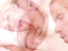 Сборник порно видеоклипов со светловолосым трансом Aubrey Kate