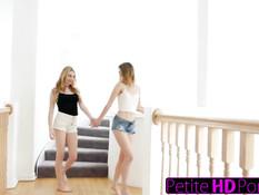 Красивый лесбийский секс молодых подруг Kristen Scott и Ivy Jones