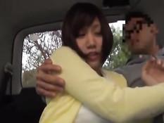 Парни трахают сексуальных японских девушек на порно кастинге