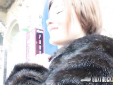 Украинскую девушку Veronica Morre отымели на улице в Будапеште