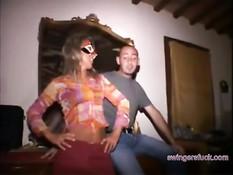 Темпераментные итальянские свингеры занимаются сексом в отеле
