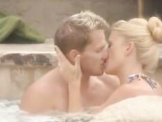 Эротический телеканал Playboy TV снимает реалити-шоу свингеров