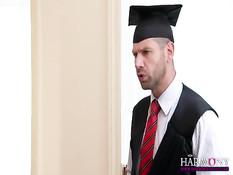 Декан пригласил в кабинет двух студенток и отымел обеих во все дырочки