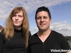 Молодая испанская пара снимается в порно ролике в гостиничном номере
