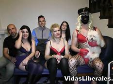 Три сексуальные испанские пары решили организовать свинг вечеринку